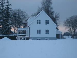 Haus außen Jan 2013 004
